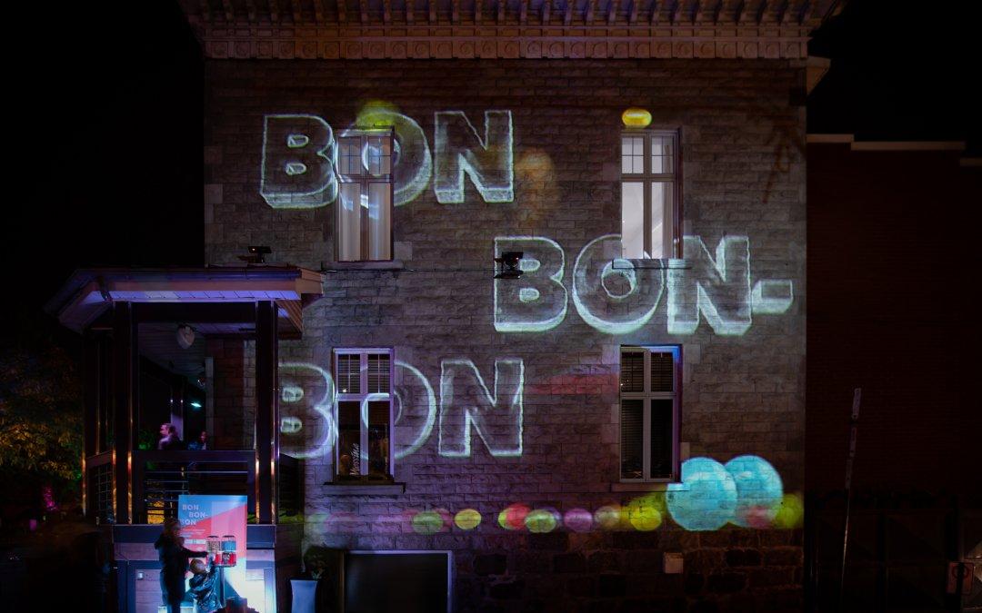 BON  BON-  BON.